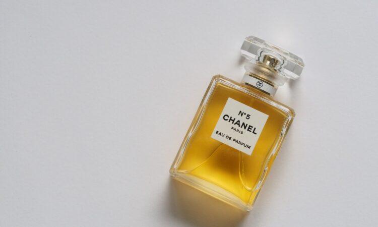 Hoe test jij jouw parfum?